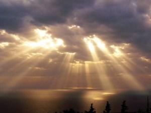 Chúa Trời Đức Gia-vê khiến chúng ta nên thánh